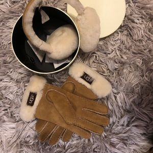 Ugg Gloves and Ear Muff Set